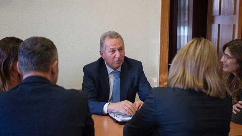 Los procuradores inician su plan de encuentros para impulsar cambios en la justicia viguesa
