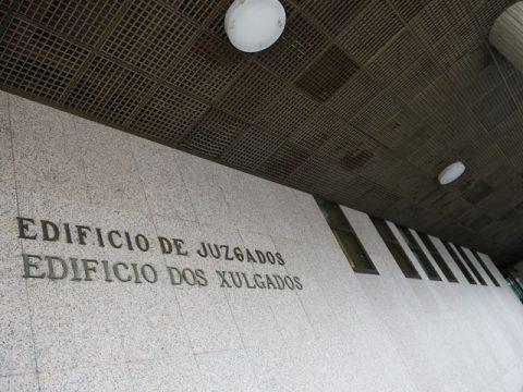 A actividade dos procuradores Vigo descende un 79%